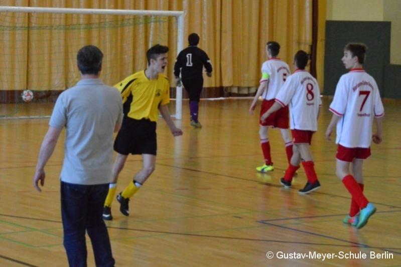 2015-05-21-Football-Championship (33).JPG